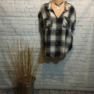 Jachs Girlfriend cap sleeve tan black plaid shirt